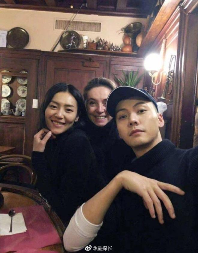 Rầm rộ tin Trần Vỹ Đình bị bắt quả tang hẹn hò Liu Wen, thêm cặp trai xinh gái đẹp không ai ngờ khiến Weibo dậy sóng - Ảnh 6.