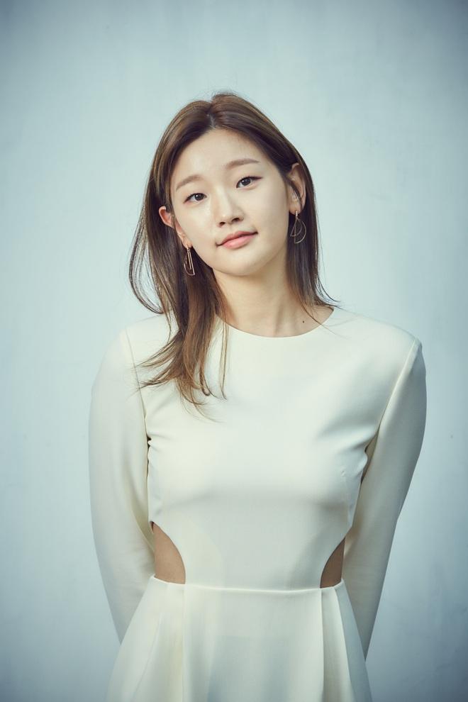 Knet choáng trước số mỹ nhân Hàn bước sang tuổi 30 năm nay: Toàn thánh hack tuổi, mỹ nữ đẹp nhất thế giới cũng góp mặt - Ảnh 9.