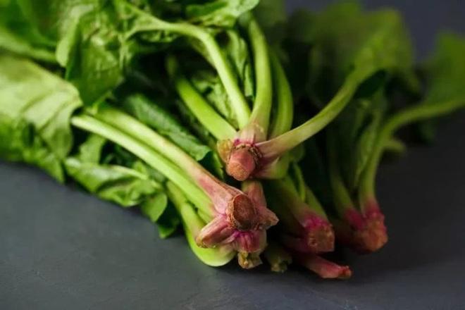 Nếu đã chán ngán các món ăn kiêng, học ngay cách chế biến ngon lạ với rau bina, vừa giúp giảm cân lại tốt cho sức khỏe - Ảnh 10.