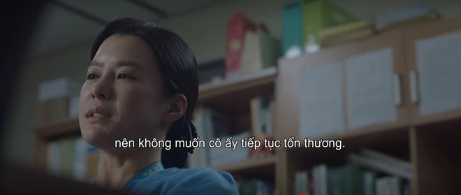 """Điên đảo vì """"nam thần Jung Won"""" làm nũng bạn thân, bồi thêm cơn sôi máu vì ca bệnh bạo hành ở Hospital Playlist tập 4 - Ảnh 5."""