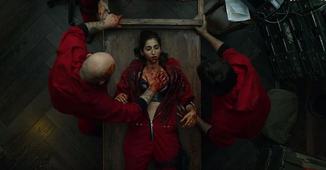 Ngộp thở vì twist của bầy trộm máu lạnh hơn cả Joker ở Money Heist - Top 1 trending Netflix Việt Nam - Ảnh 9.