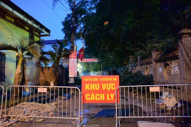 Ảnh: Cận cảnh chốt kiểm soát, phong tỏa thôn Hạ Lôi nơi bệnh nhân 243 sinh sống - Ảnh 8.