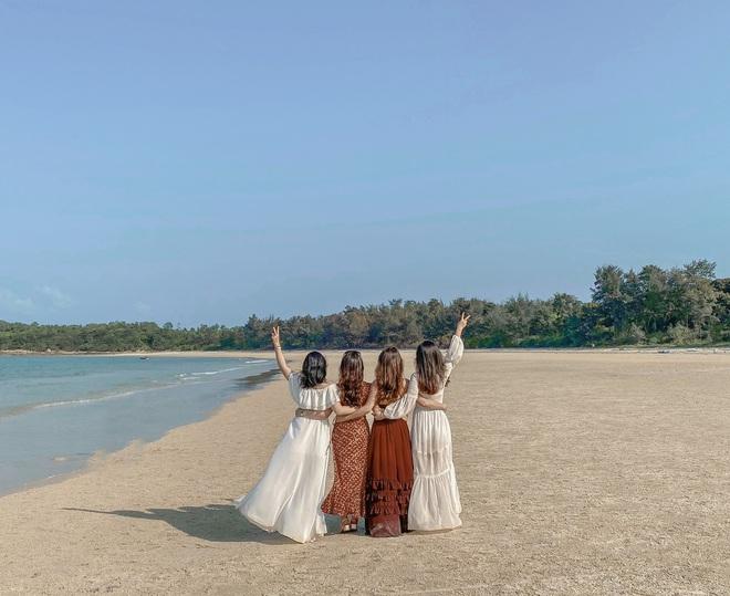 Ngay gần Hà Nội có một hòn đảo hoang sơ như thế này mà chưa nhiều người biết: đẹp như tiên cảnh, chụp choẹt thì hết sảy! - Ảnh 10.