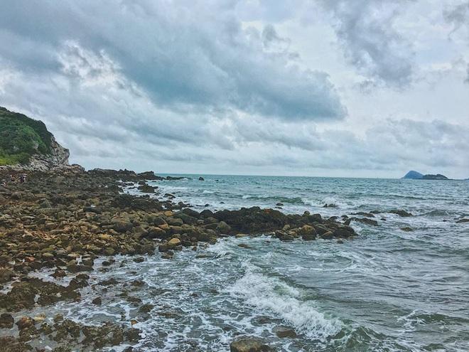 Ngay gần Hà Nội có một hòn đảo hoang sơ như thế này mà chưa nhiều người biết: đẹp như tiên cảnh, chụp choẹt thì hết sảy! - Ảnh 3.