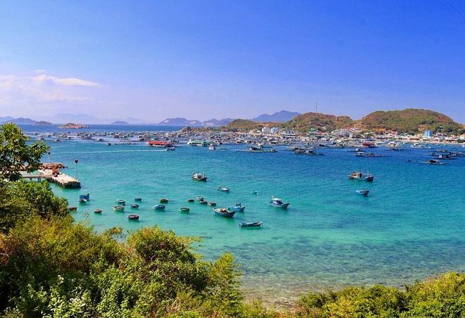 """5 thiên đường biển được mệnh danh """"tiểu Maldives"""" của Việt Nam: Chỗ nào cũng có làn nước xanh trong vắt, hè này phải check-in liền thôi! - Ảnh 4."""