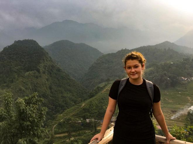 12 trải nghiệm du lịch tại Việt Nam hấp dẫn các blogger nước ngoài: Từ leo núi ở Sa Pa, học nấu ăn ở Hội An đến đi xe máy xuyên Việt đều thật xịn sò - Ảnh 1.