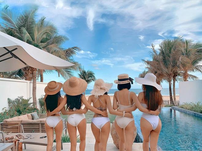 Hội gái đẹp chơi thân rủ nhau diện bikini khoe eo thon chân dài thẳng tắp: Biết nhìn vào ai đây? - Ảnh 3.