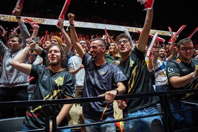 Lựa chọn nào cho Riot Games để cứu vãn Chung kết Thế giới 2020? - Ảnh 5.