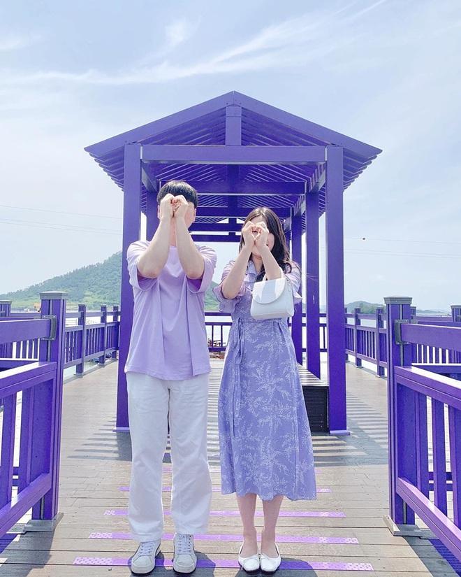"""Một hòn đảo kỳ lạ vừa xuất hiện ở Hàn Quốc đã tạo cơn bão check-in trên MXH: Tất cả mọi thứ đều nhuốm màu """"tím lịm tìm sim"""" - Ảnh 29."""