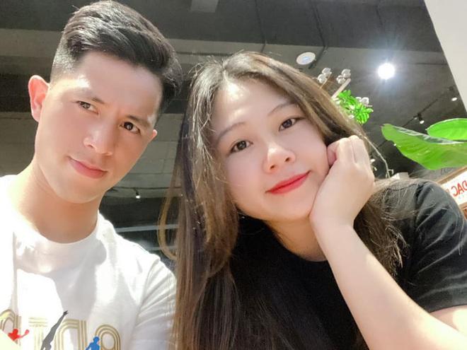 Lâu lắm Duy Mạnh mới đăng ảnh chụp cùng Quỳnh Anh: Tình yêu không cần nói chỉ cần thả tim thôi - Ảnh 2.