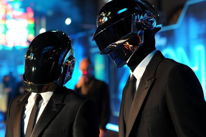 Joker ngôn tình Jared Leto chốt đơn vào thế giới ảo Tron 3, có cả bộ đôi thắng Grammy hậu thuẫn thì khó mà xịt? - Ảnh 5.