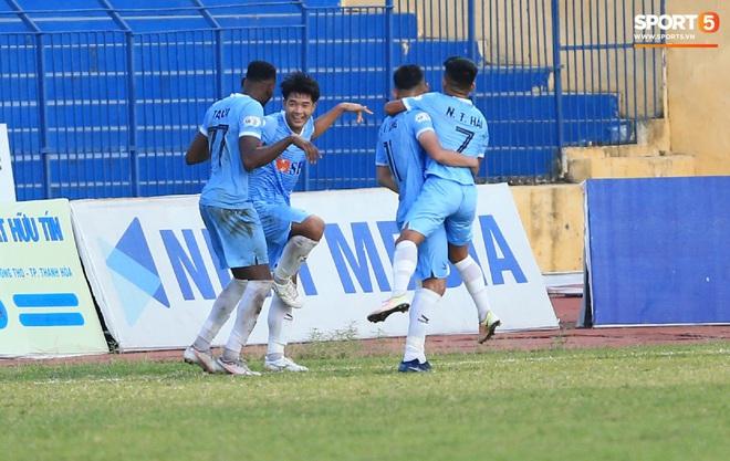 Quang Hải ốm sốt liên miên, Hà Nội FC vẫn phải mang đội hình dặt dẹo đến Đà Nẵng - Ảnh 2.