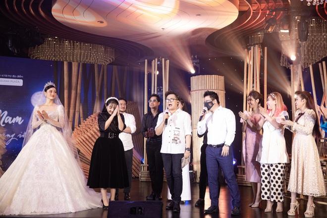 Minh Nhựa mạnh tay chi hơn 400 triệu đấu giá váy cưới của Lương Thuỳ Linh ủng hộ Đà Nẵng chống dịch Covid-19 - Ảnh 6.