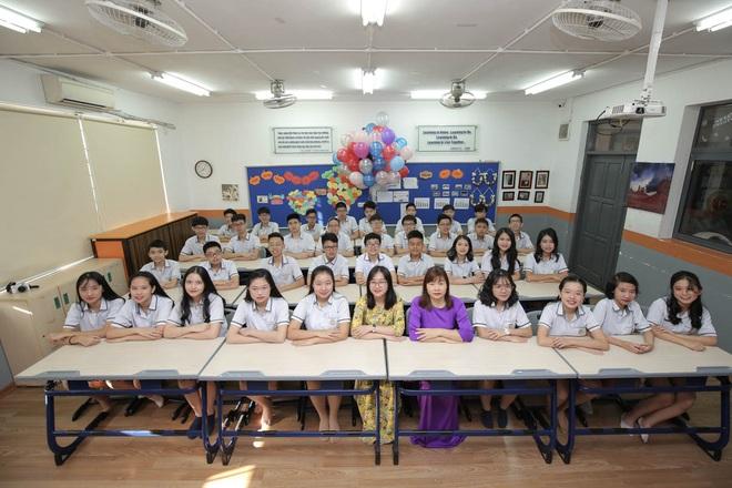 Lớp học siêu đỉnh với 32/32 học sinh đỗ chuyên Hà Nội, toàn Thủ khoa, Á khoa các trường top - Ảnh 2.