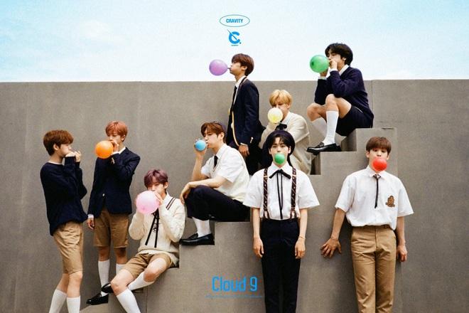 Fan quốc tế chọn 10 đại diện khởi đầu thế hệ mới của Kpop, Knet phản pháo: BTS và BLACKPINK vẫn còn nổi lắm, quan tâm gen 4 làm gì? - Ảnh 13.