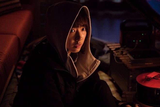 ALIVE: Hú hồn với đám zombie tinh quái như người sống, mê nhất là mỹ nhân Park Shin Hye - Ảnh 6.