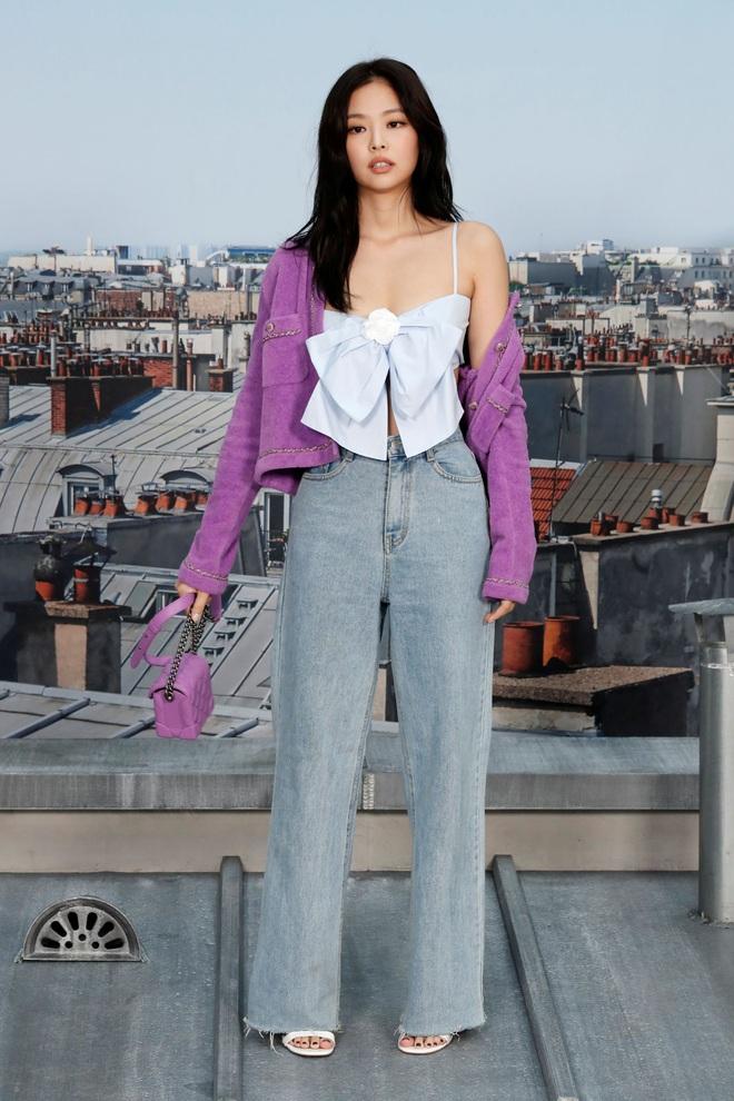 Sao Hàn có đến 8 chiêu nâng tầm sang xịn cho quần baggy jeans, copy theo thì style của bạn cũng thăng điểm tức thì - Ảnh 1.