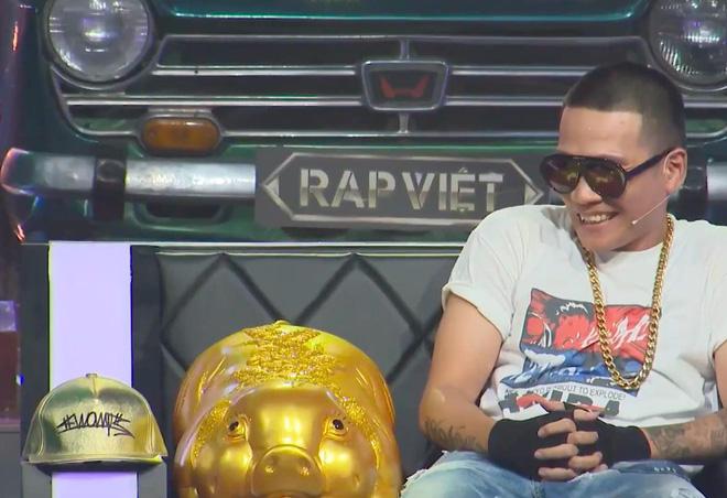 Lão đại Wowy gây tranh cãi tại Rap Việt khi khuyên thí sinh nên chọn Đại học thay vì Rap - Ảnh 2.