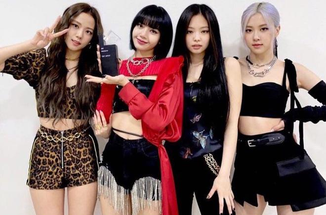 Jessica khen BTS và BLACKPINK nức nở trước thềm ra mắt tiểu thuyết gây tranh cãi, lý do liên quan đến sự bành trướng của Kpop? - Ảnh 4.
