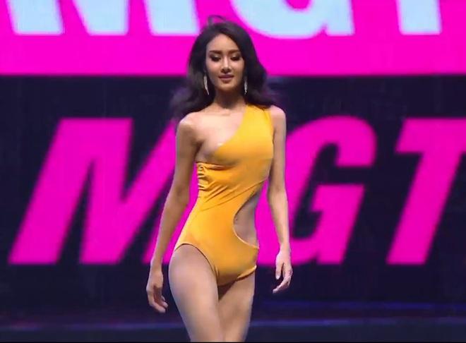 Vì áo tắm lởm của ban tổ chức, hàng loạt thí sinh Miss Grand Thailand 2020 lộ ngực trên sóng livestream - Ảnh 2.