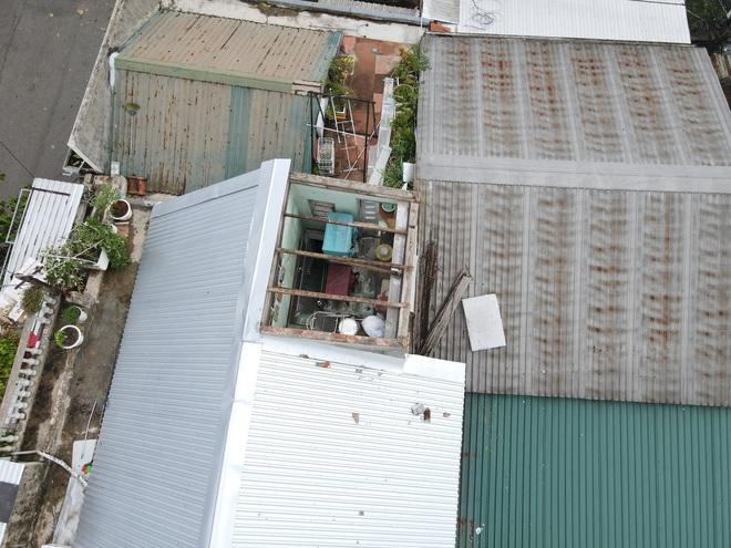 Cây ngã la liệt khiến 1 người chết và nhiều người bị thương, toàn tỉnh Thừa Thiên Huế mất điện sau khi bão số 5 đổ bộ - Ảnh 15.