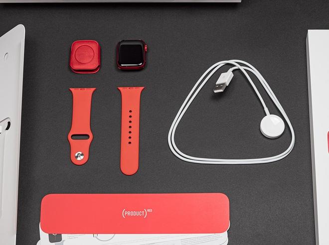 Mở hộp Apple Watch Series 6 màu đỏ và những ấn tượng ban đầu - Ảnh 2.