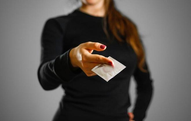 3 hành vi của nam giới có thể gây hại nghiêm trọng tới tử cung của nữ giới, ngừng ngay trước khi quá muộn - Ảnh 1.