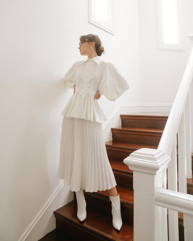 Sắm blouse trắng tiểu thư chanh sả rồi găm đủ 3 bí kíp mix đồ thì bạn sẽ thăng hạng phong cách ngay - Ảnh 10.