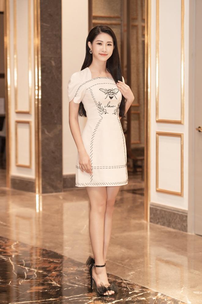 Dàn thí sinh đổ bộ sơ khảo miền Bắc Hoa hậu Việt Nam 2020: Bản sao Châu Bùi nổi bần bật, thí sinh diện váy bánh bèo gây chú ý - Ảnh 18.