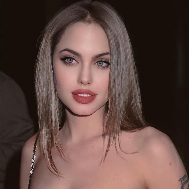 Dân tình đang náo loạn vì bộ ảnh Angelina Jolie ở thời kỳ đẹp nhất: Đẹp ngộp thở thế này bảo sao Brad Pitt mê, nhưng có gì đó sai sai - Ảnh 5.
