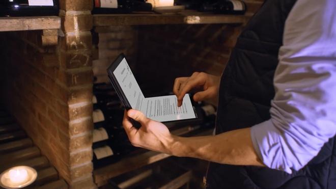 Mãn nhãn với mẫu laptop màn hình gập đầu tiên trên thế giới - Ảnh 3.