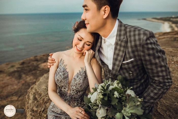 Huy Nam ngọt ngào hôn bà xã trong ảnh cưới đẹp như mơ - Ảnh 4.
