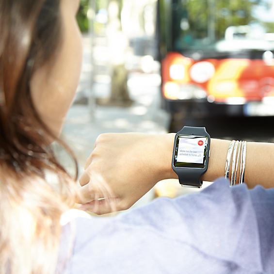 Tổng hợp những đồng hồ thông minh hàng đầu hiện nay ngoài apple watch 150427teksmapple4-8a9e5