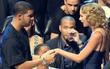 Drake đã giới thiệu Taylor Swift với mẹ, nhưng họ có thật sự hẹn hò?