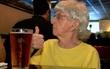 Cụ bà 103 tuổi sống khỏe re nhờ uống bia mỗi ngày