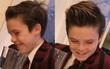 Cruz Beckham cười cực dễ thương và đẹp trai khi sắp thành ca sĩ nổi tiếng