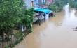 Hàng nghìn hộ dân Bình Định bị cô lập, ngập sâu trong lũ lớn