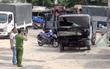 Xe tải bốc cháy dữ dội lan sang 3 nhà dân ở Sài Gòn