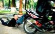 Người phụ nữ bị cướp giật túi xách chứa gần 500 triệu đồng ở Sài Gòn