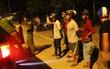 Hai nhóm nổ súng hỗn chiến trong đêm khiến hàng chục người dân Hà Nội hoảng loạn