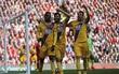 Liverpool nguy cơ bật khỏi Top 4 vì người cũ Benteke
