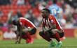 Xác định đội bóng đầu tiên chính thức rớt hạng Premier League