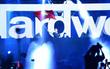 20.000 fan rúng động khi Hardwell tung cờ Việt Nam