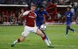 Chelsea vùi dập Arsenal trên đất Trung Quốc