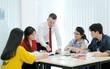 Nền tảng tiếng Anh tốt giúp bạn trẻ sớm thành công và tự tin