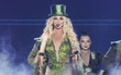 """Bức xúc vì bị gọi là """"chỉ biết nhép"""", Britney lên tiếng đáp trả"""