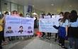 Cập nhật: Fan có mặt ở sân bay Nội Bài từ rất sớm để đón SEVENTEEN và dàn nghệ sĩ đình đám xứ Hàn