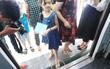 Hà Nội: Khe hở lọt cả chiếc giày người lớn ở ga mẫu La Khê khiến nhiều người lo ngại