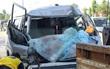 Quảng Nam: 1 người tử vong tại chỗ sau cú va chạm kinh hoàng giữa xe khách và xe tải