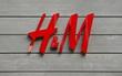 Vượt mặt Chanel và loạt thương hiệu cao cấp, H&M và Zara cùng nhau dẫn đầu danh sách những thương hiệu may mặc có giá trị nhất 2017